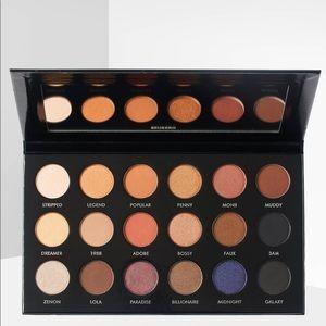 Pür Pro x Etienne eyeshadow palette BN